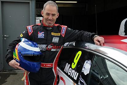 Alain Menu bestreitet Rennen in der TCR-Serie