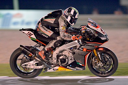 Qatar WSBK: Haslam outduels Davies in sublime season finale
