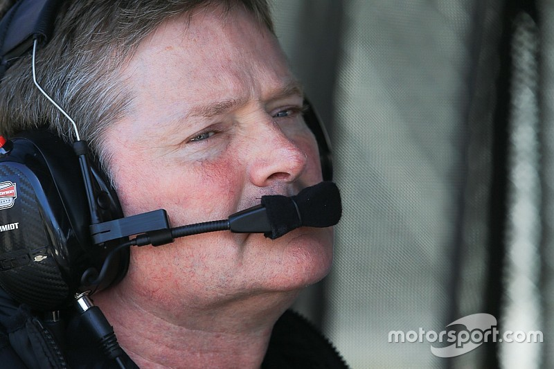 "Schmidt: IndyCar costs are ""virtually impossible to justify"""