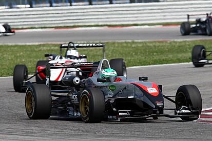 RP Motorsport debuteert in Formule 3.5 V8