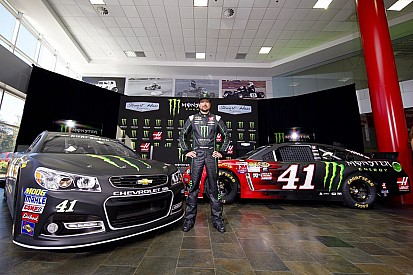 New contract, new sponsor, but the same team for Kurt Busch in 2016