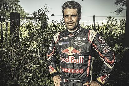 Nasser Al-Attiyah au départ des courses WTCC à Losail