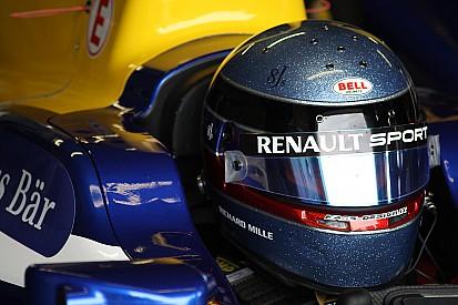 Nicolas Prost domina treinos em Pequim; B. Senna é 4º