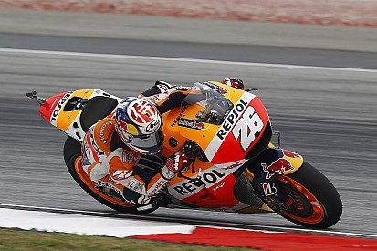 Pedrosa pakt pole in MotoGP Maleisië, Rossi voor Lorenzo