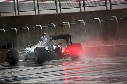 美国大奖赛:暴雨继续侵扰 汉密尔顿FP3最快