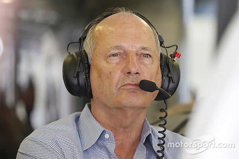 Ecclestone - Dennis empêche Honda de fournir Red Bull