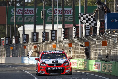 Surfers Paradise: James Courtney und Jack Perkins siegen strategisch