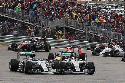 Mercedes conversará con Hamilton sobre sus maniobras