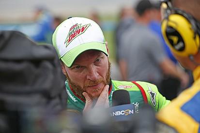 Ao ouvir pilotos, NASCAR dá tiro no pé em Talladega