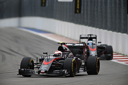 Alonso, Button set for engine change penalties