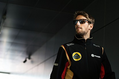 Grosjean hails overachieving Lotus team