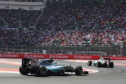 """2º, Hamilton exalta público: """"Parecia um jogo de futebol"""""""