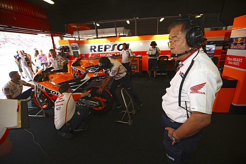Pour Honda, un coup de pied de Rossi a bien fait chuter Márquez