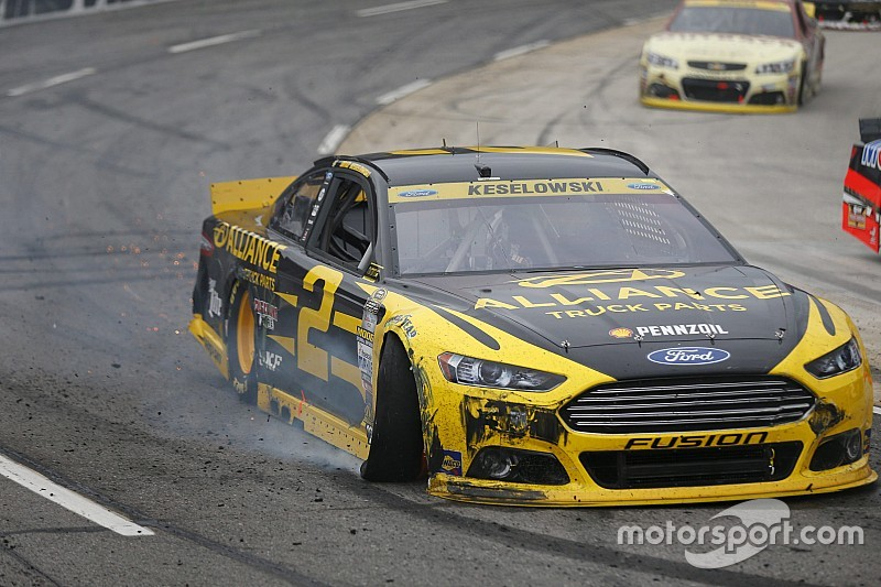 Chase outlook: Several favorites leave Martinsville in a hole