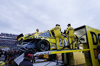 """Inexcusable"" move should 'embarrass Kenseth, his team, sponsors and Toyota'"