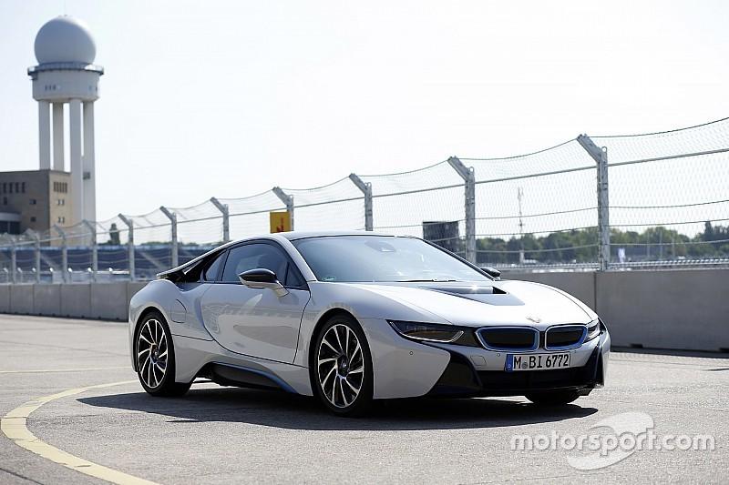 Una Safety-Car BMW i8 ibrida per Alejandro Agag
