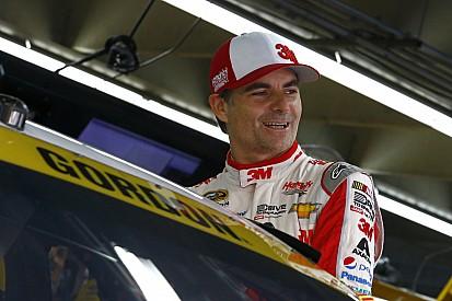 """Multicampeão da NASCAR afirma acompanhar F1 """"religiosamente"""""""