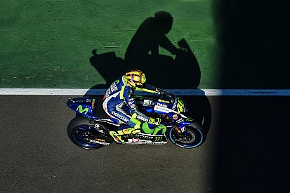 Росси назвал финал MotoGP неприемлемым