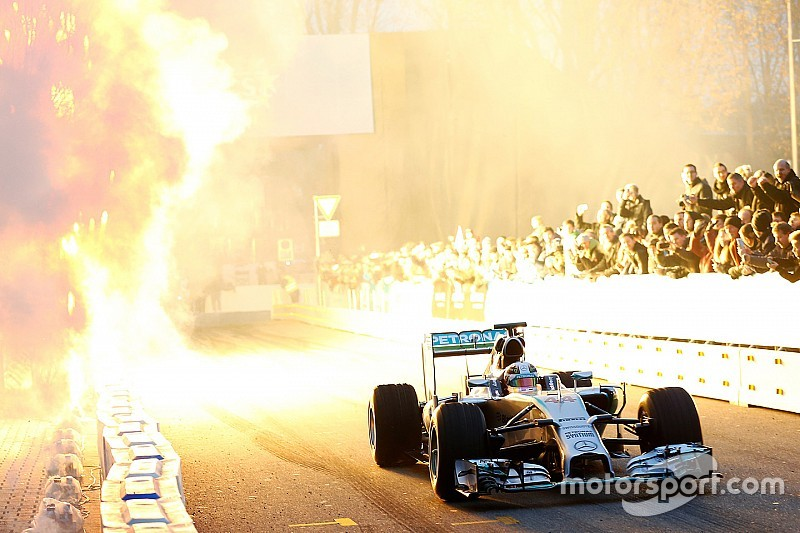 Every 2015 Mercedes-Benz racing champion at Stars & Cars in Stuttgart