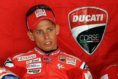 Stoner podría ser piloto de pruebas de Ducati en 2016