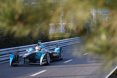 Frustrated Piquet says no quick fix for NEXTEV