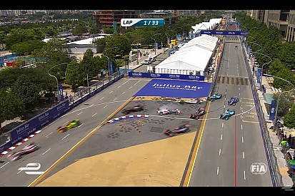Video, tutti i ritiri e gli incidenti del Putrajaya ePrix