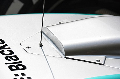 Mercedes to trial S-duct in Brazilian GP