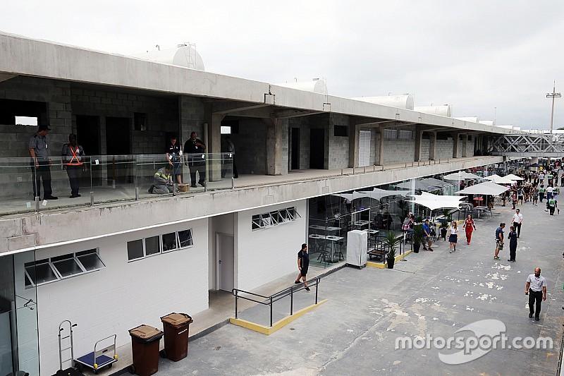 """Massa comenta reforma em Interlagos: """"não terminaram"""""""
