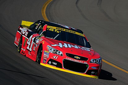 Kurt Busch tops second Phoenix practice