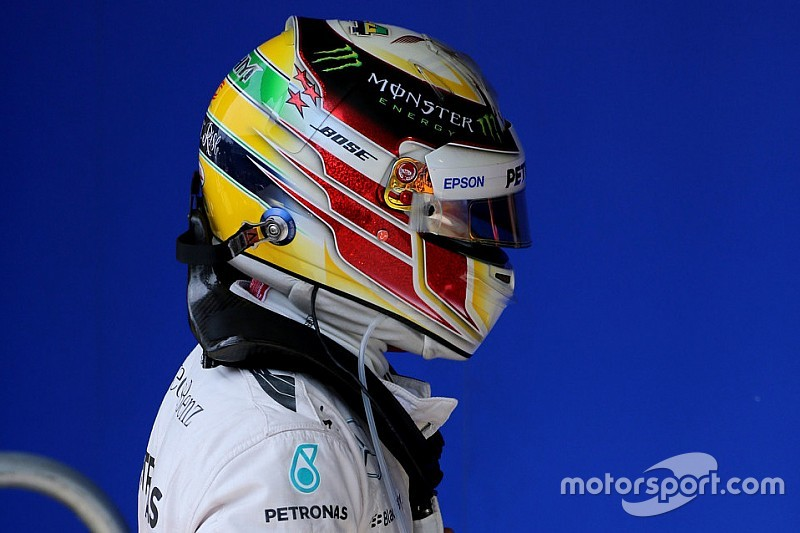 """Hamilton se irrita com nova """"derrota"""" : não sou perfeito"""