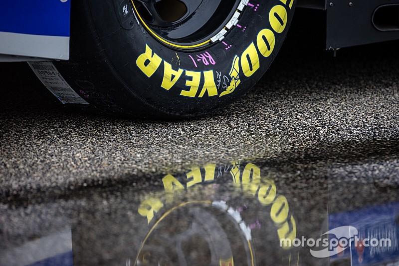 La pluie retarde la présentation de la course de Phoenix