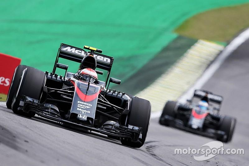 "Button diz que baixa velocidade da McLaren ""assustou"""