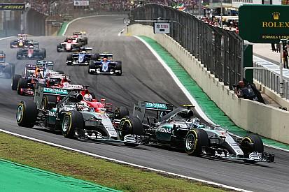 """Ex-piloto da Ferrari critica: """"regulamento dos motores é ridículo"""""""