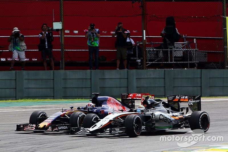 """Verstappen: """"é injusto comparar ultrapassagens com Hamilton"""""""