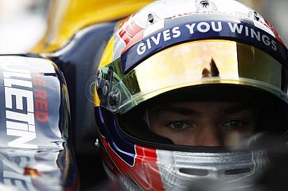 Em duelo apertado, Pierre Gasly assegura pole no Bahrein
