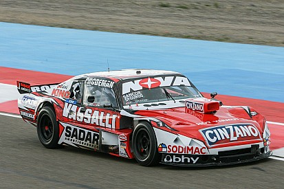Rossi, adelante en la primera clasificación