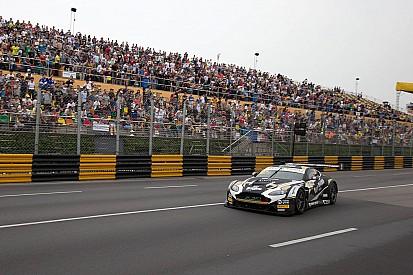 FIA GT World Cup, Engel conquista la qualifyng race
