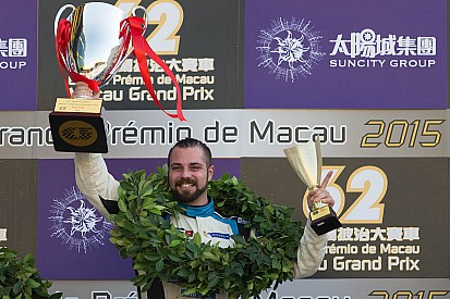 Carnage à Macao – Stefano Comini champion