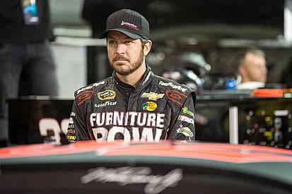 """Frustrated"" Truex struggles in title decider"