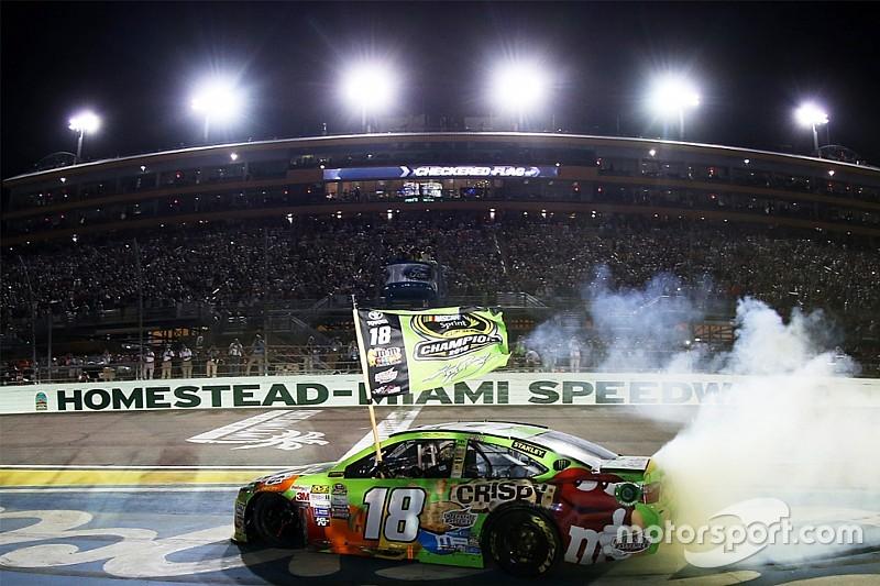 Kyle Busch kroont zicht tot NASCAR Sprint Cup-kampioen 2015