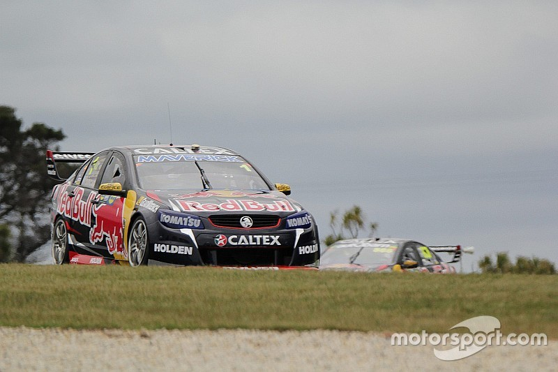 Whincup: No problems with helping Lowndes