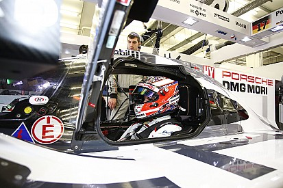 Evans eyeing Hulkenberg seat at Porsche