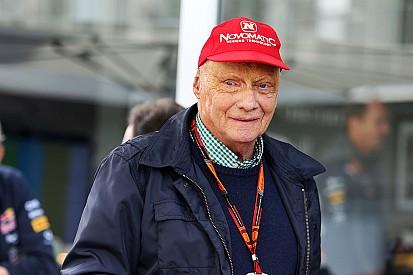 """Lauda diz que """"motor padrão"""" poderia destruir a Fórmula 1"""