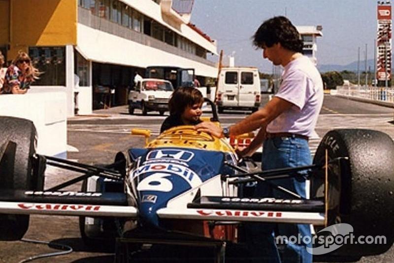 """Nelsinho posta foto em Williams do pai: """"1ª vez num F1"""""""