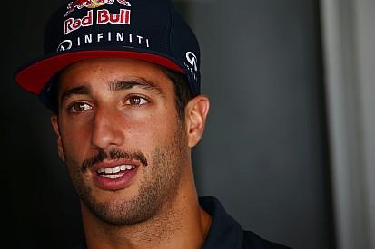 Ricciardo - Renault doit changer de direction