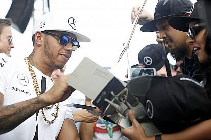 Abu Dhabi, Libere 1: le Mercedes fanno subito il vuoto