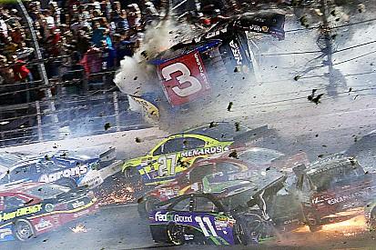 Galería: Los accidentes más fuertes de NASCAR en 2015