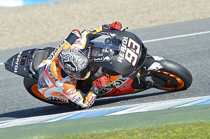Marquez suffers two crashes on final test day of 2015