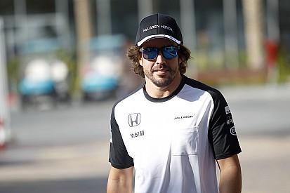 """Ron Dennis: Legt Fernando Alonso 2016 ein """"Sabbatical"""" ein?"""