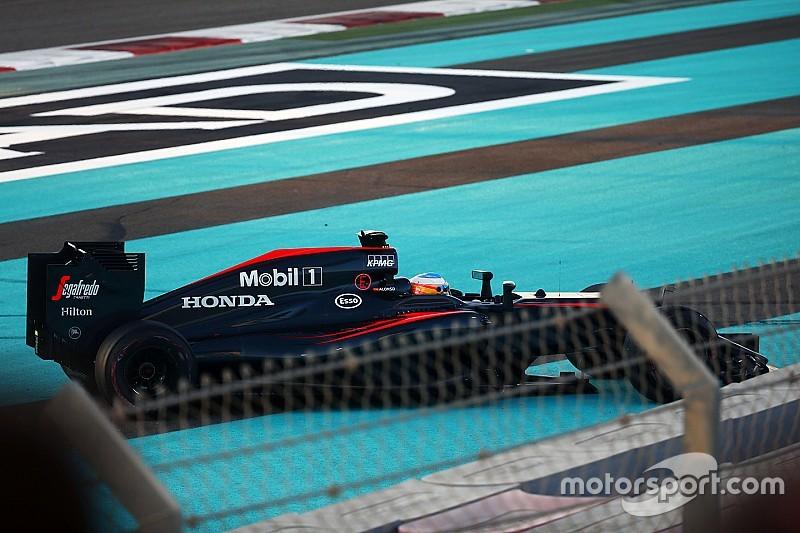 Alonso se mostró molesto por la penalización de la FIA